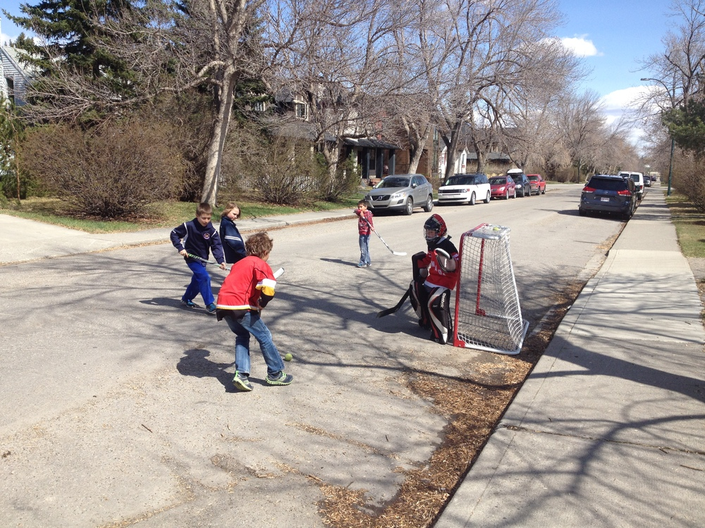 On a recent Saturday walkabout in West Hilllhurst I encountered two street hockey games.