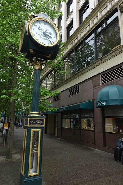 In the early 20th century many jewellery stores would have an iconic clock on the sidewalk outside the store or attached to the building - they always make me stop and look.