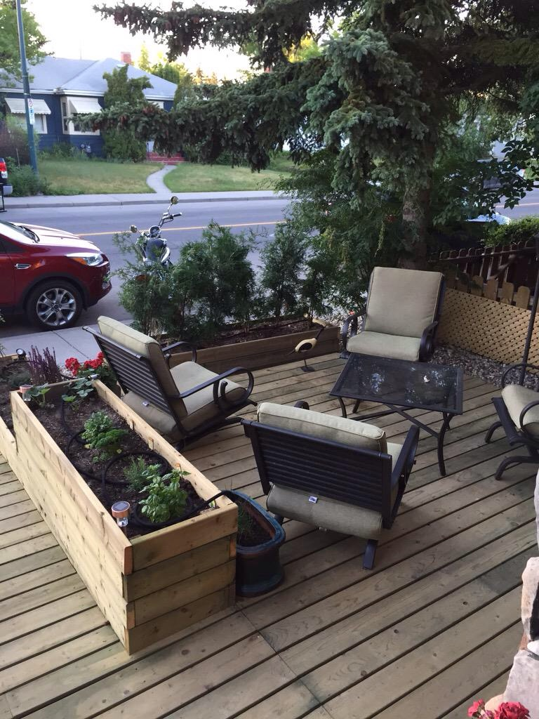 This photo of a front yard patio/living room was sent to me a few weeks ago when I tweeted out I was working on a front yard blog.  It is located along 19th Avenue in West Hillhurst.