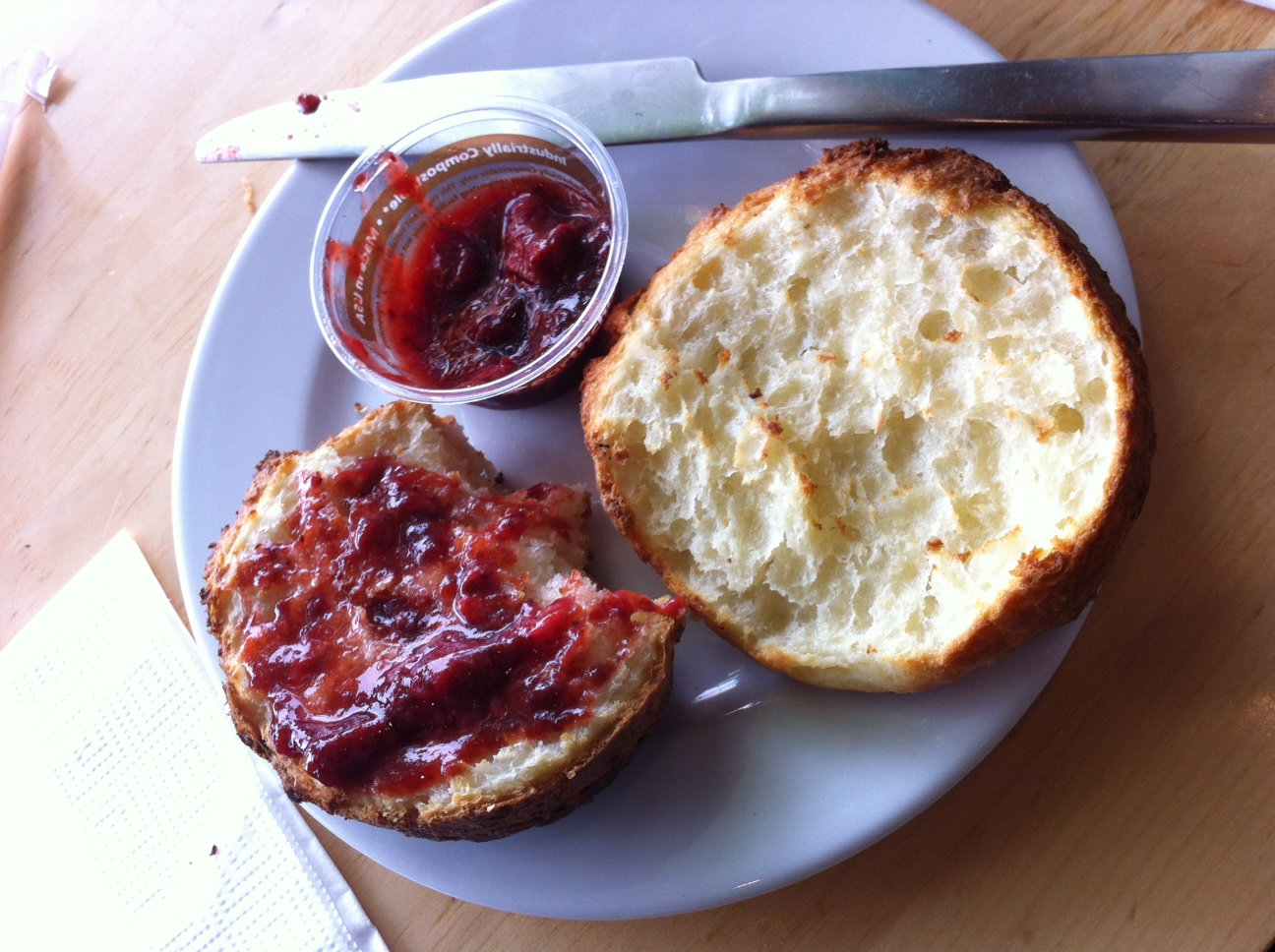 Seattle is know for its coffee, what surprised us were the scrumptious biscuits and jam that on many menus. Yum! Yum!
