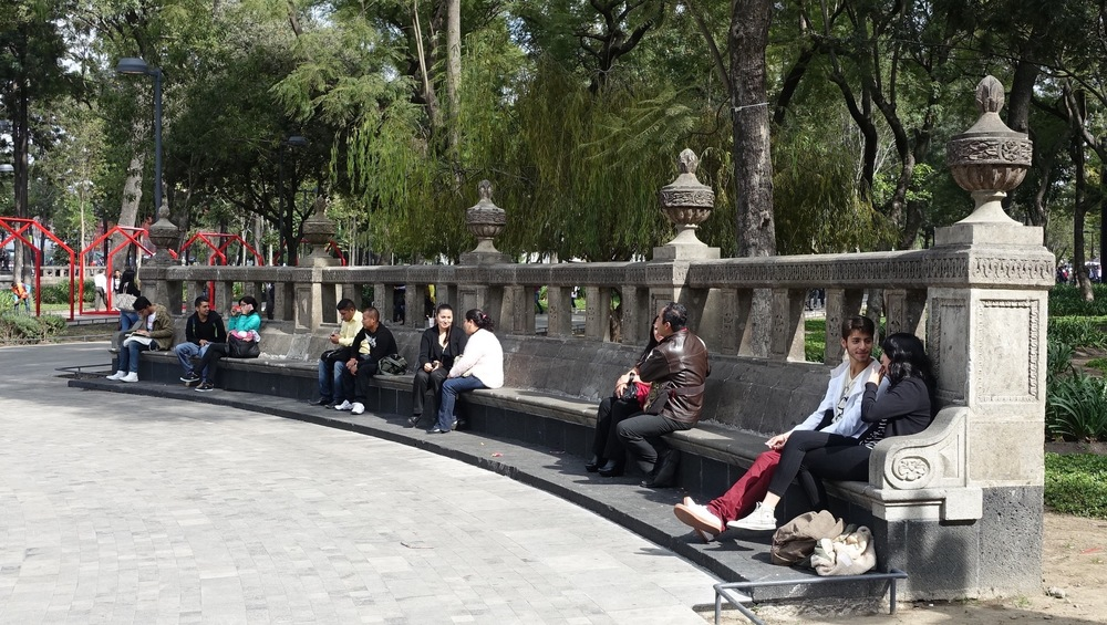 "The ""art of sitting"" is popular everywhere in Mexico City."