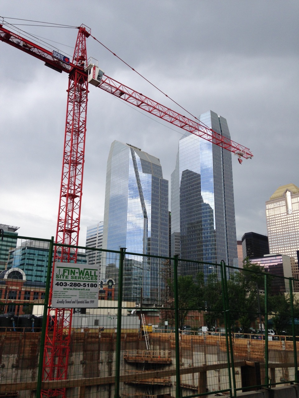 6th and Tenth Condo construction