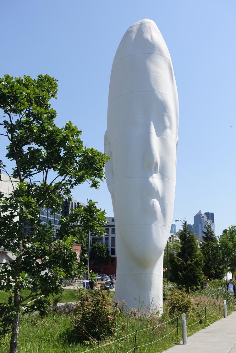 """Echo"" 46 foot sculpture by Jaume Plensa (Olympic Sculpture Park, Seattle)"
