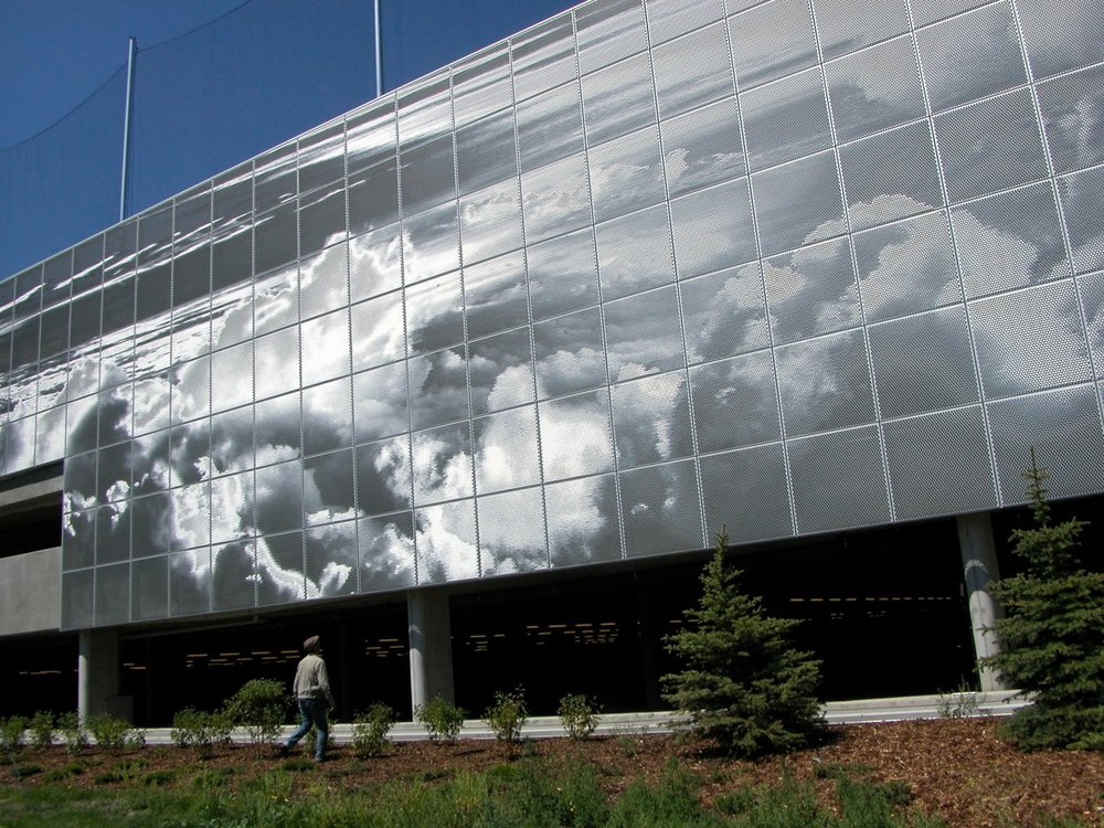 The Ombrae Sky mural on facade of the SAIT parkade. (photo credit Ombrae Studio)