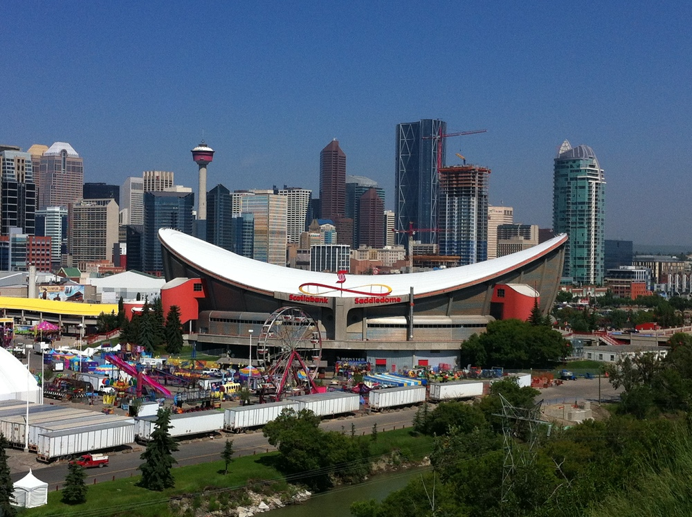 The Saddledome is one of Calgary's few iconic buildings.  It provides a postcard view of the City's stunning skyline.