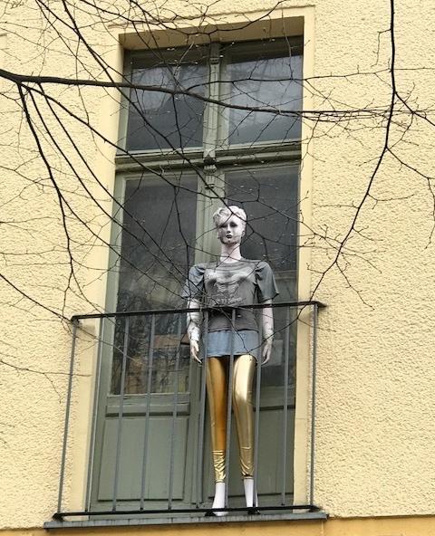 Mannie, Berlin