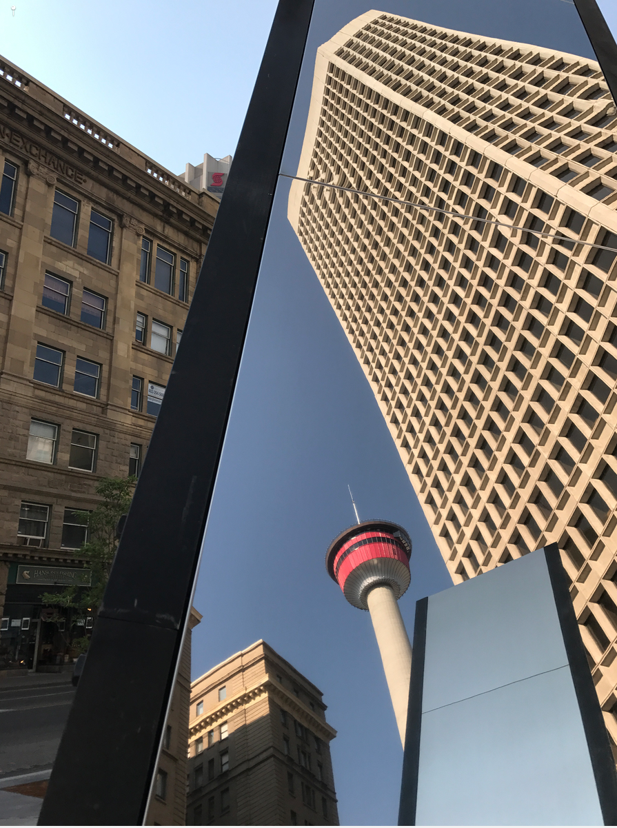 Filling up Calgary's downtown vacant office space is going to require some innovative thinking property owners, the City and the cooperation of Provincial and Federal governments.