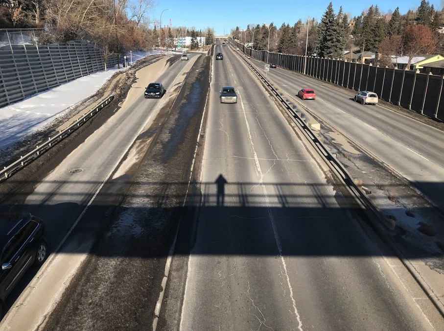 Crowfoot Trail Divide? Crowfoot Trail divides West Hillhurst in half - east and west.  Many people think the west half is in Parkdale. It is currently undergoing a mega makeover that will hopefully be more pedestrian, cycling and driver friendly.