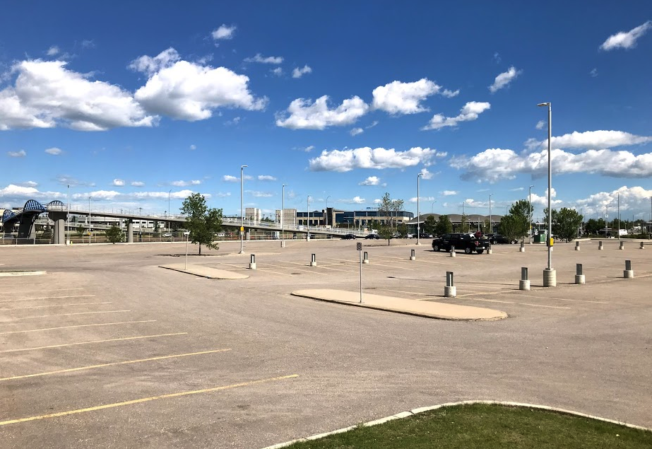 Ward 5's McKnight Westwinds LRT station is ripe for a mixed-use Transit Oriented Development, with a major grocery store already nearby.