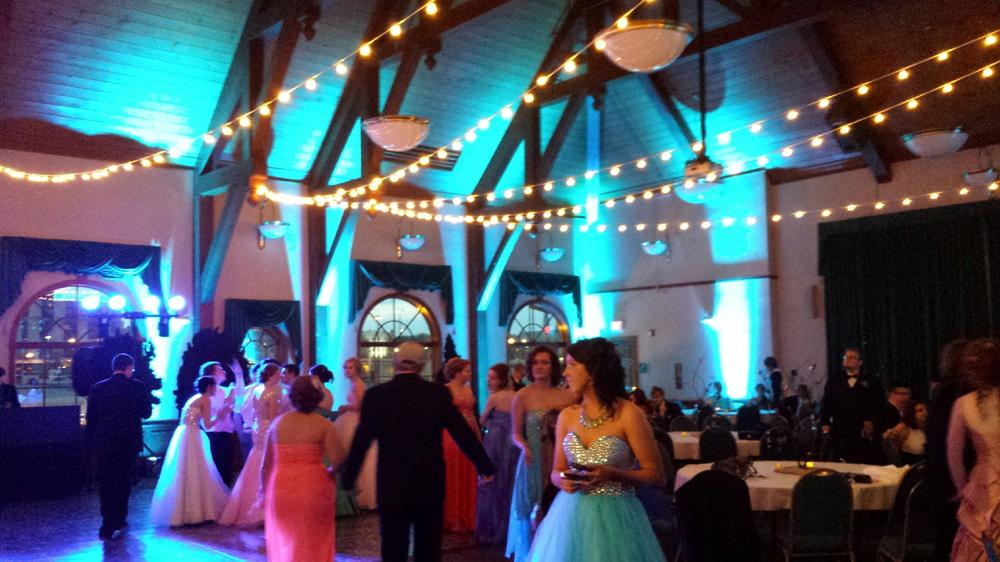 Why Lighting Makes a Difference at Your Reception — DJ4U Peoria DJ ...