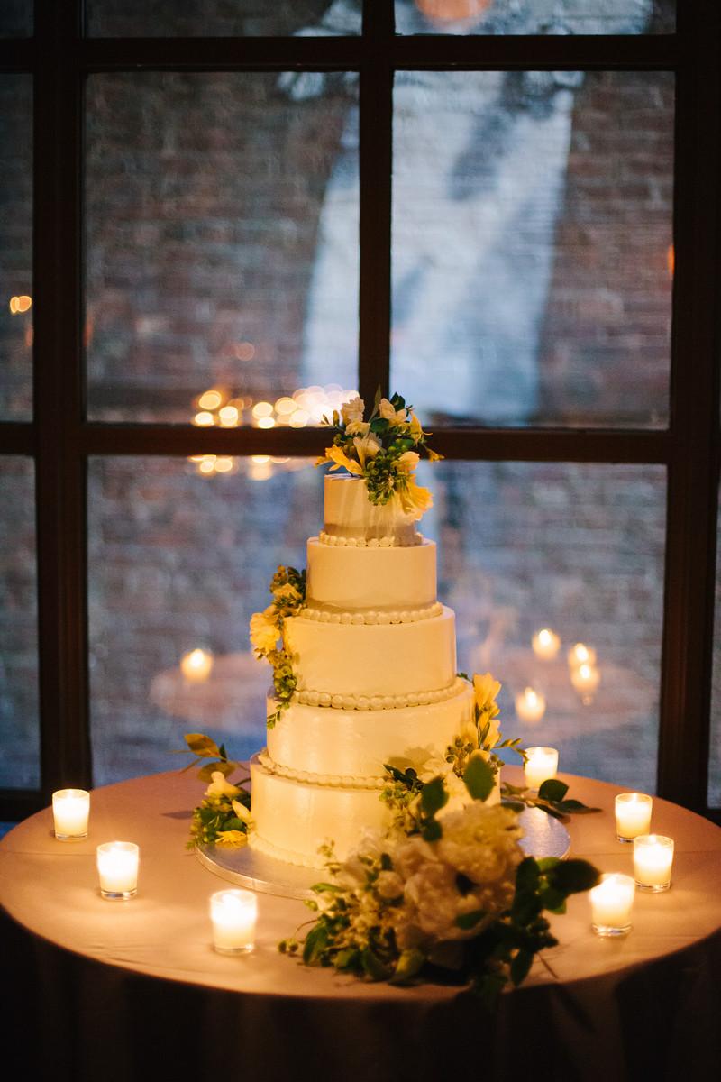 ALMOND DACQUOISE, LEMON CURD & BASIL GELÉE CAKE