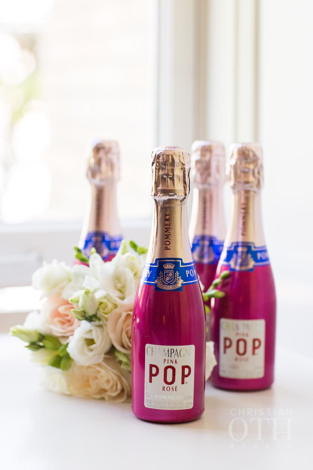 PINK POPS OF BUBBLY