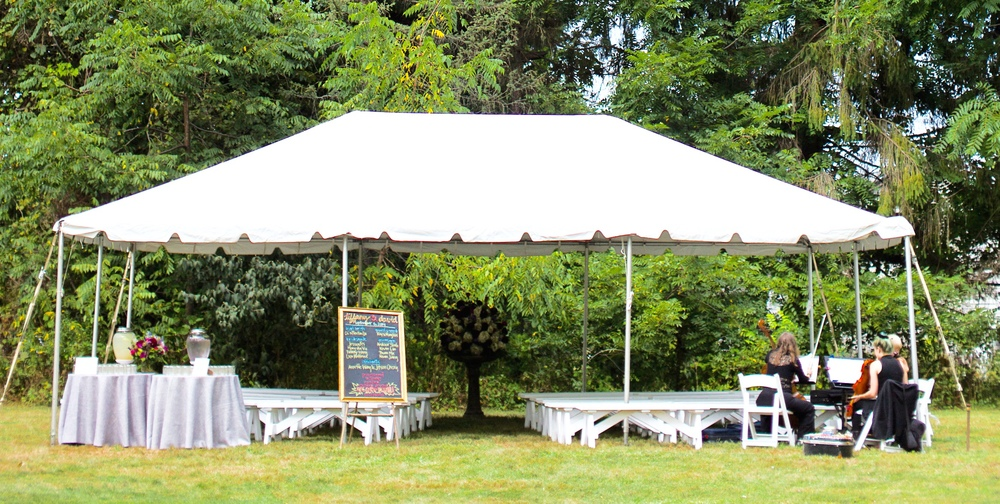 RECEPTION TENT AT SHADOW LAWN WITH MUSICAL TRIO