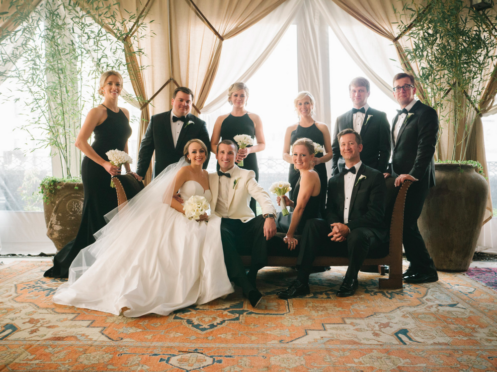 STRIKING WEDDING PARTY PORTRAIT