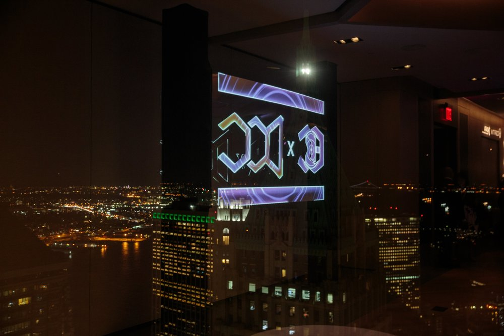 Reflection of projection mapping