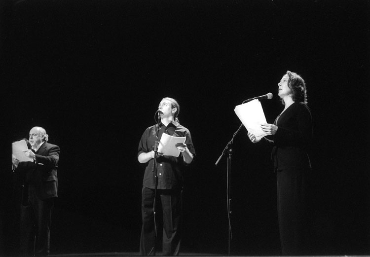 Robert Blumenfeld, Michael Stuhlbarg, Molly Powell in To Love in Jerusalem, 92nd Street Y, New York, 2003 (Photo: Dave Beckerman)