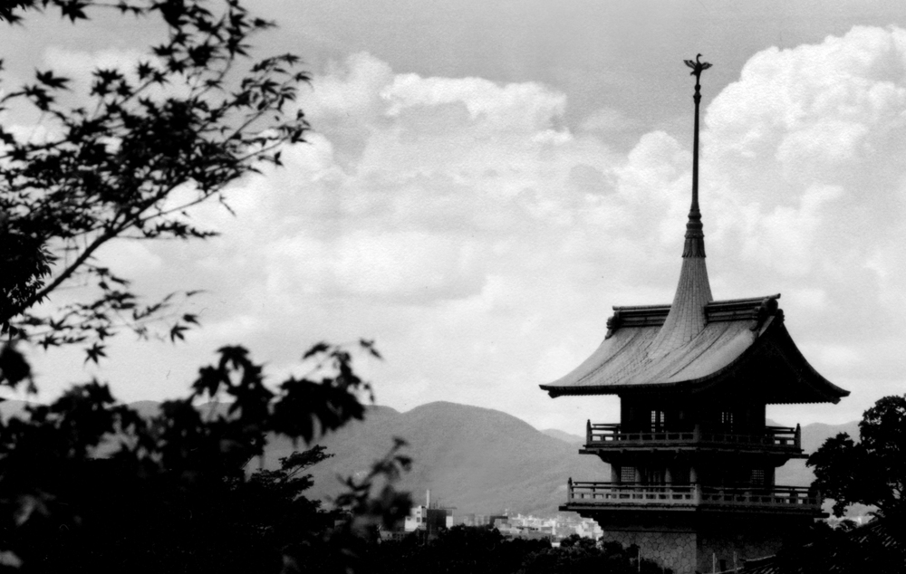 japan_temple2.jpg