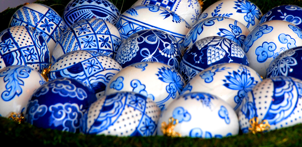 vienna_easter_delf_blue_eggs.jpg