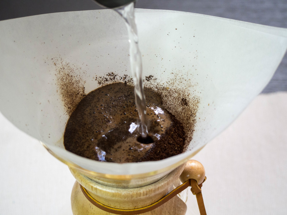 Chemex Brewing Guide-1010184.jpg
