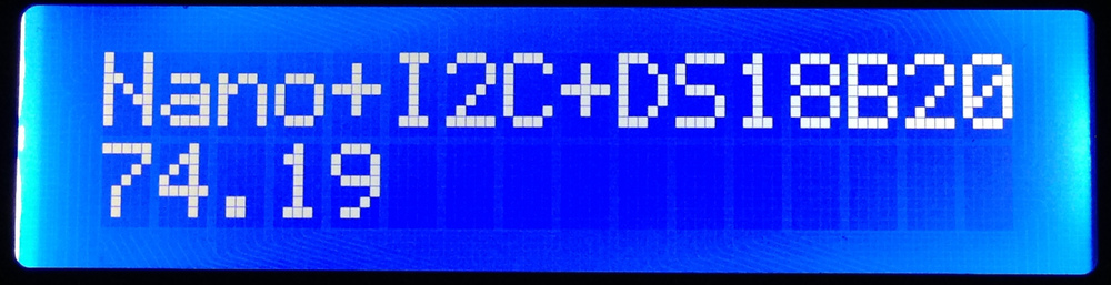 iPhone photo - I2C LCD showing the DS18B20 in F