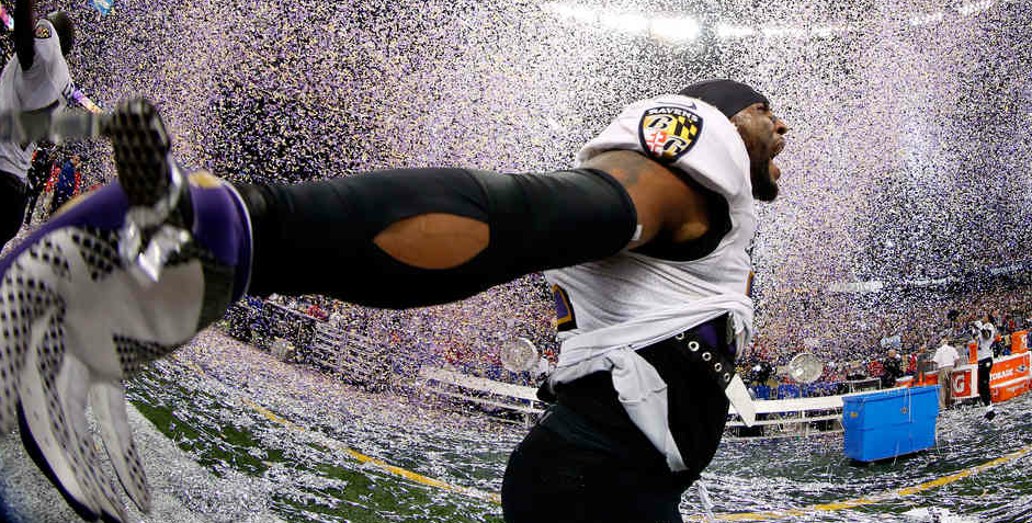 RAY LEWIS , BALTIMORE RAVENS  (Chris Graythen/Getty Images)