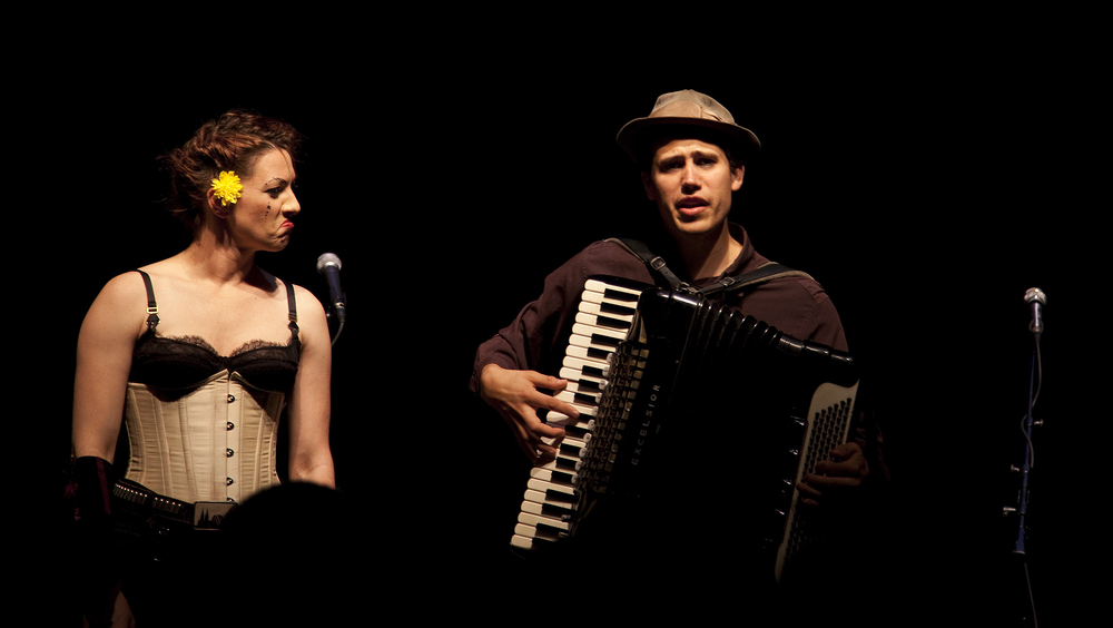 Amanda Palmer and Jason Webley - © Digital Cypher Photography 2010.jpg