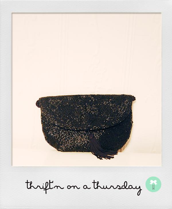 vintage_black_beaded_clutch_purse_paris_la_bagagerie.jpg