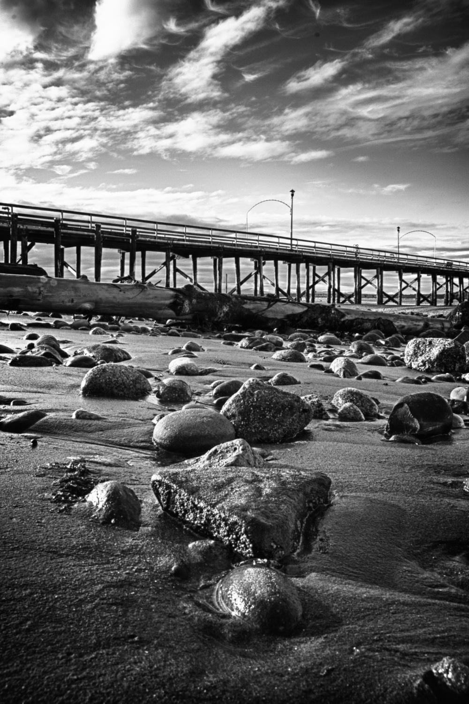 White Rock Pier_Low Tide_HDR_2011_1mb.jpg