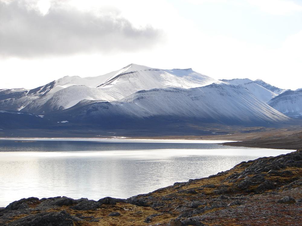 Lake Linne in Svalbard