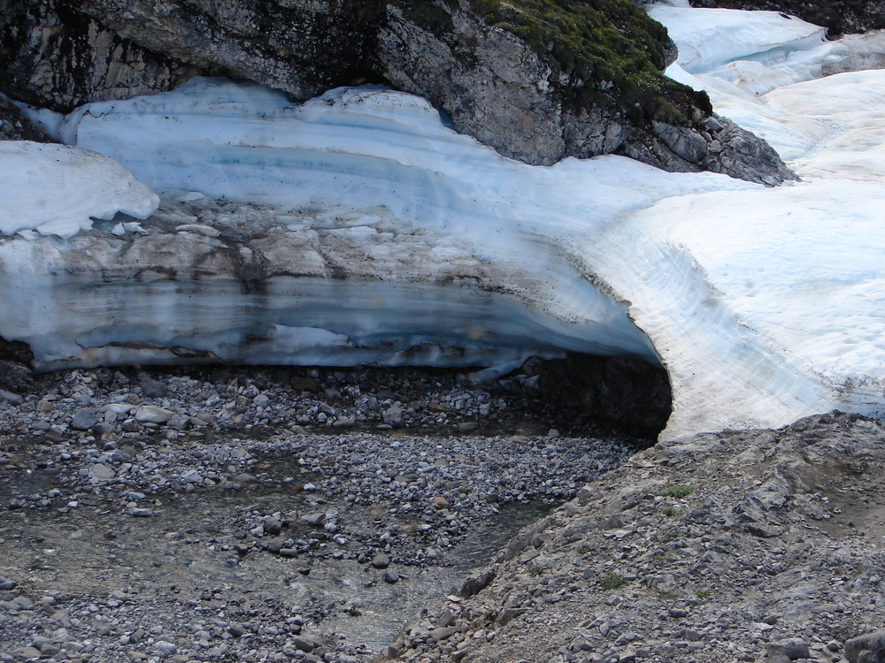 Remnants of the aufeis, forming a mini ice-cave overtop the river