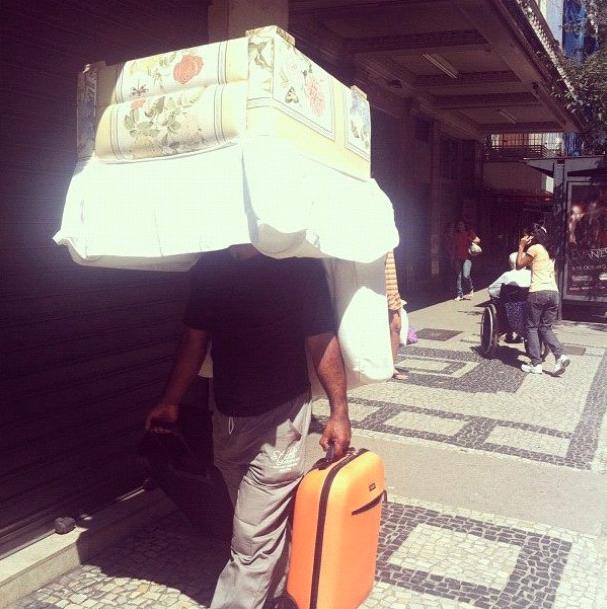 """le fauteuil-man"", Copacabana - 2012"