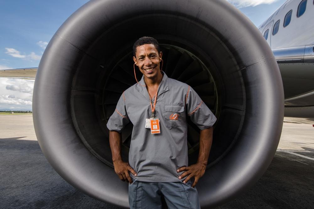 Paulo, chefe de manutenção de aeronaves e artista plástico - para revista Gol