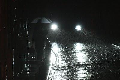 umbrella+in+headlights.JPG