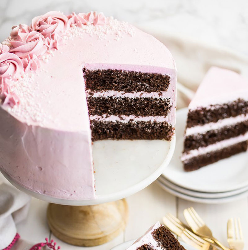 Delicious looking cake from http://bakingamoment.com