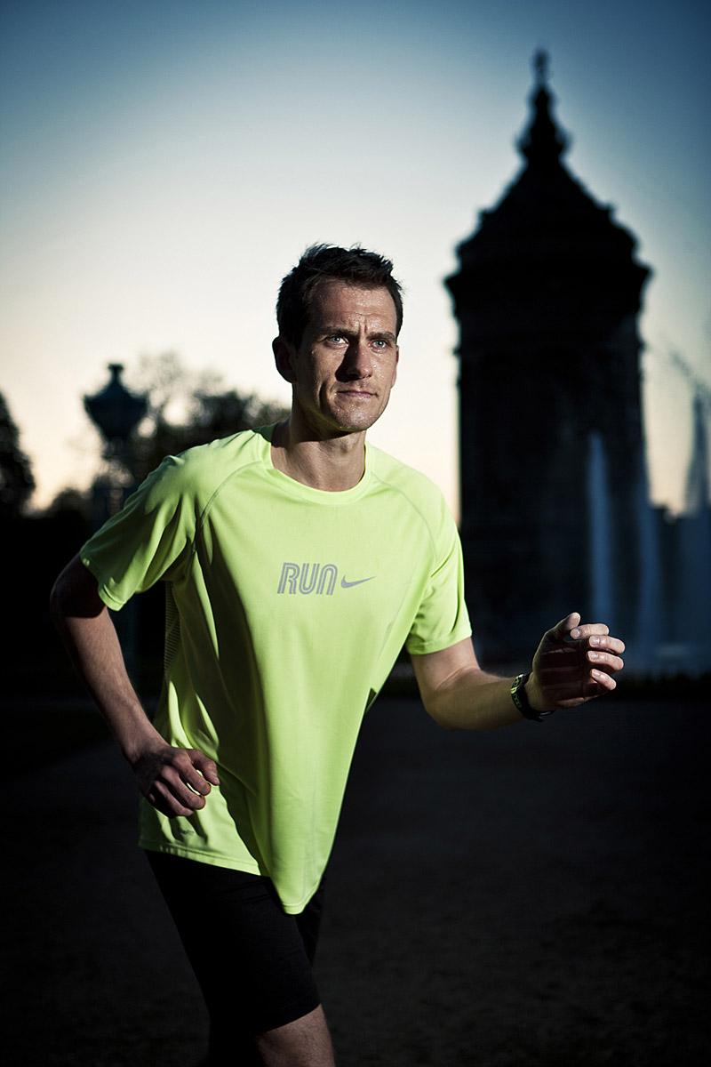 Marathon 8824 2 DB 0512.jpg