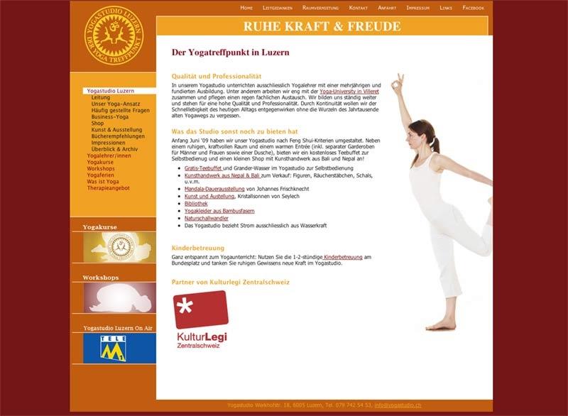 Erstes Re-Design  Yogastudio Luzern der Yogatreffpunkt  Logo, Visitenkarten, Geschäftspapiere,Plakate, Programmheft, Fotografie, Banner, Newsletter etc. Programmierung und technischer Support: CompuSense