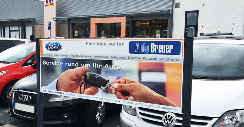 Ideeone-Design-Auto-Breuer-Aussenwerbung.jpg