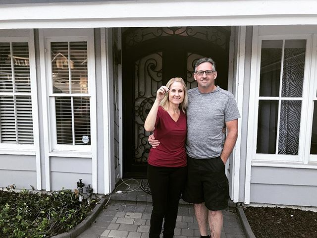 After living in the same house for more than 30 years, my parents finally found an incredible, new house in Anaheim Hills. So excited for them! It's been a long time coming. 🏠