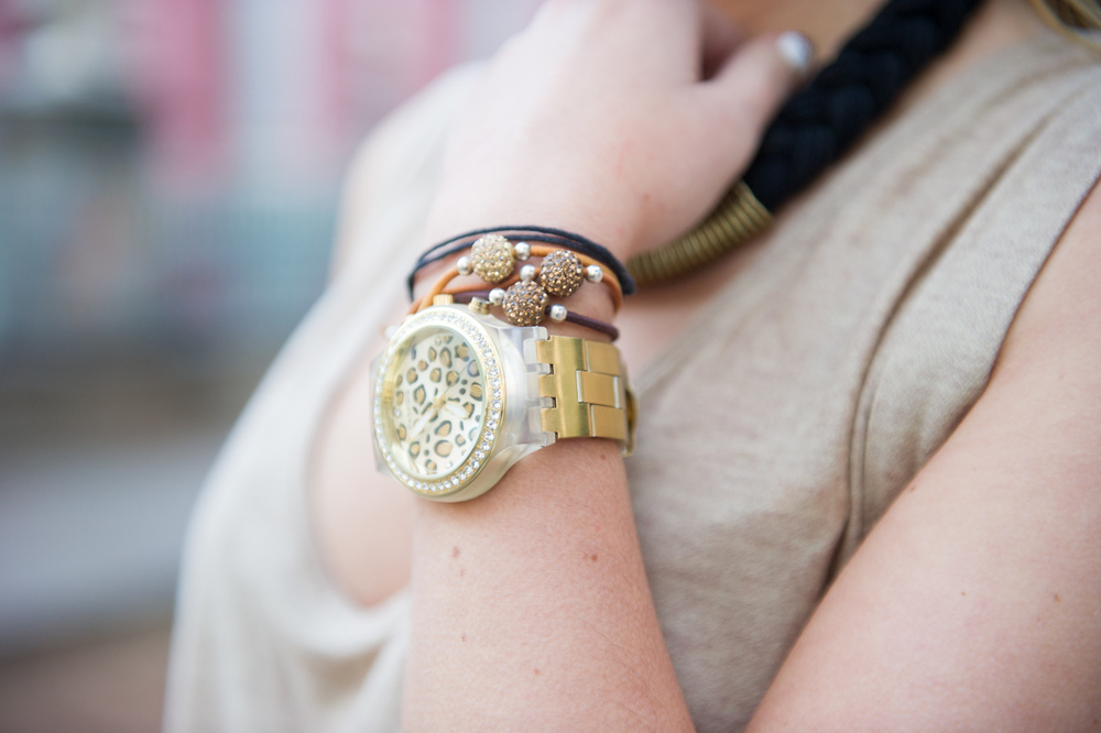 reloj, pulseras, collar,