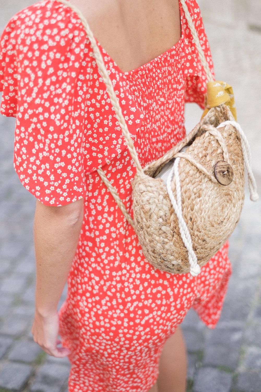 vestido rojo flores-2.jpg