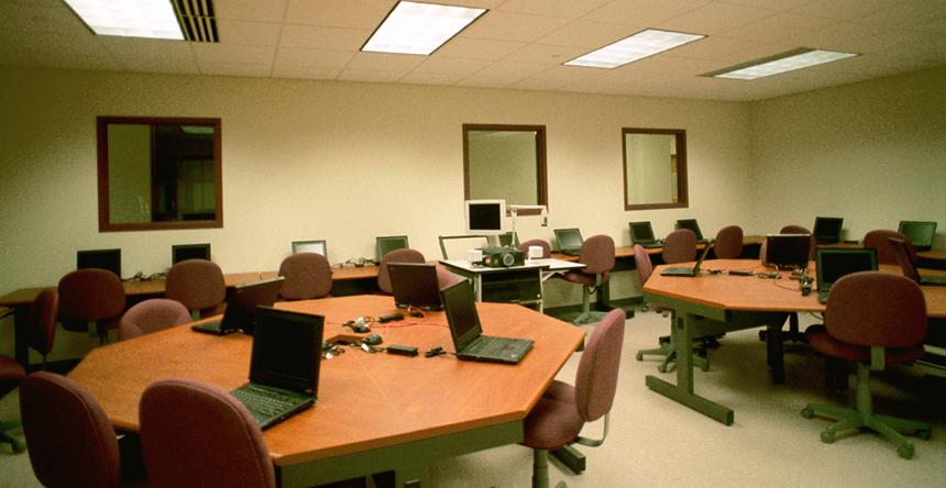 14_Computer Lab.jpg