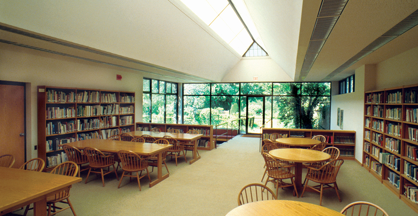 4_Library.jpg
