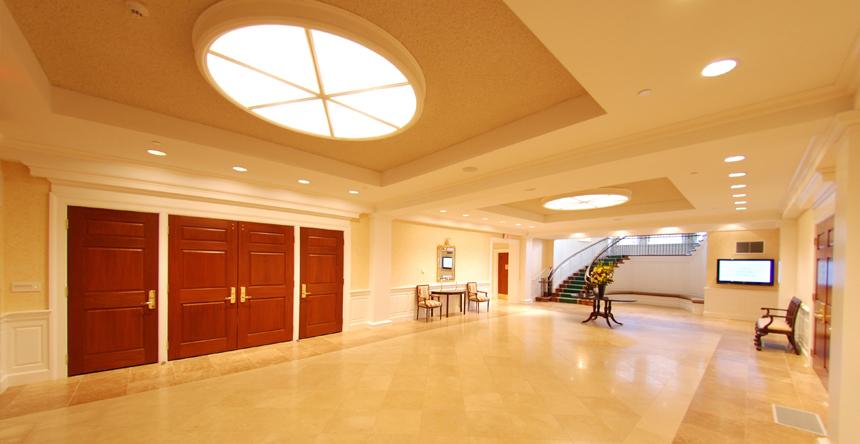 3_Foyer.jpg