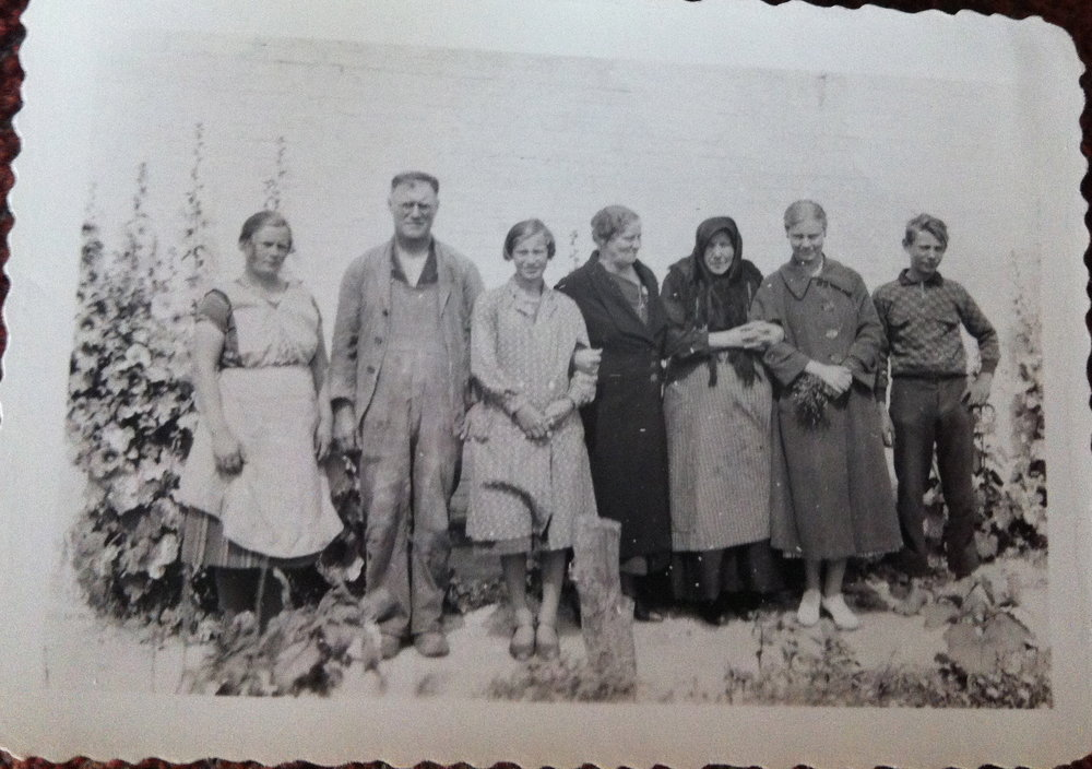 this is my Danish family in the 1930s - the little old lady is my great grandmother, my mother is to the right and my grandmother to the left.  They travelled through Nazi Germany to visit the old country when my mother had a fellowship.