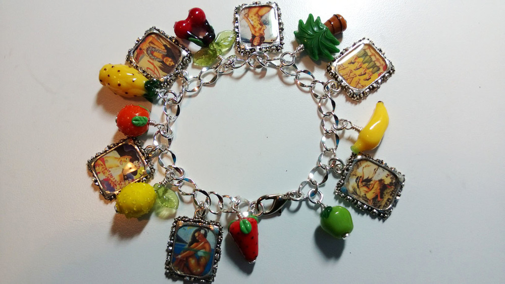 hula charm bracelet finished.jpg