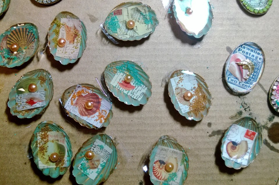 seashell pendants.jpg