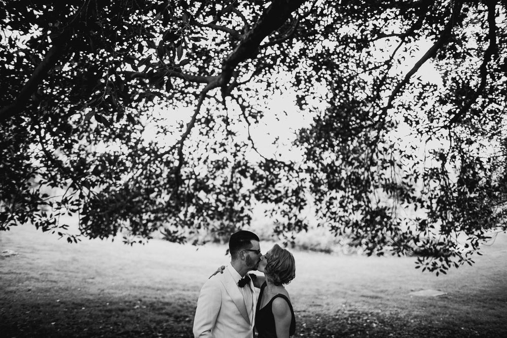 Melbourne candid wedding photographer-96.jpg