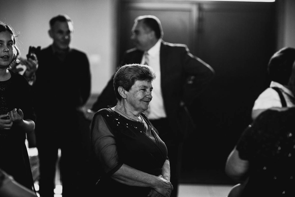 Melbourne candid wedding photographer-41.jpg
