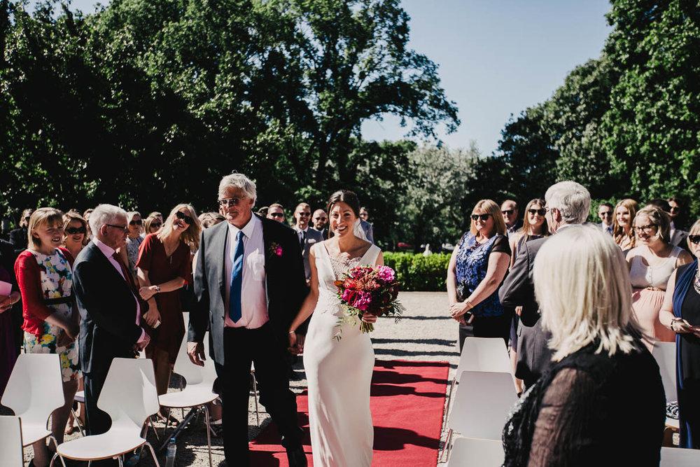 Melbourne Museum Wedding Photographer-21.jpg