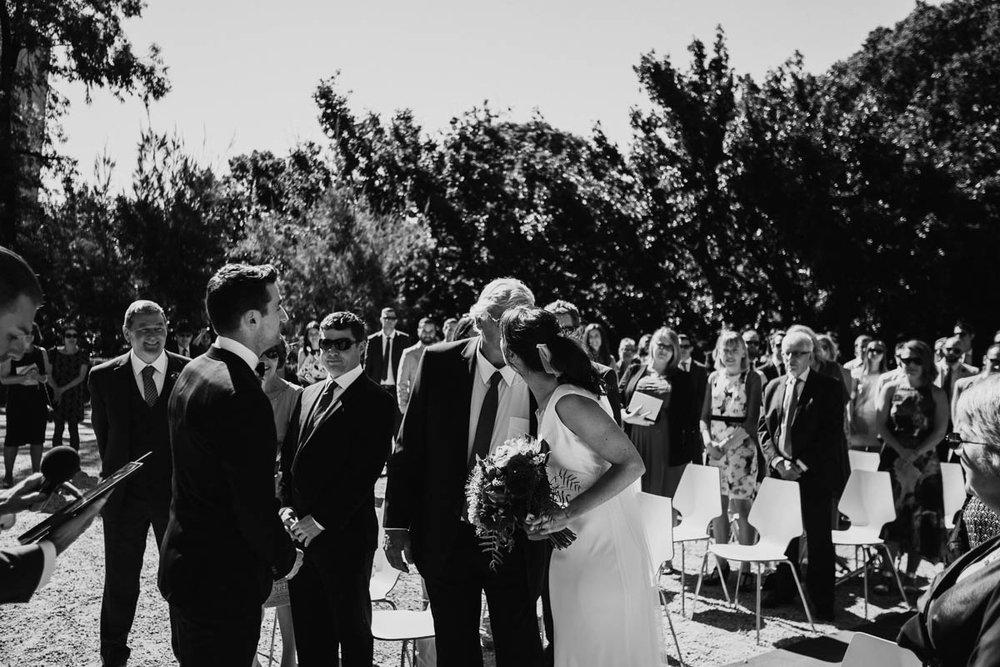 Melbourne Museum Wedding Photographer-23.jpg